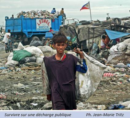 Survivre sur une d�charge publique Photo Jean-Marie Tritz